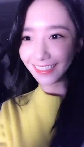 Yoona - 160106 - Sun Xiao Xiao Video Chat - (PHOTO+VIDEO)