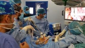 Στις εξειδικευμένες χειρουργικές αίθουσες για τη Λαπαροσκοπική Χειρουργική του Πεπτικού Συστήματος (Hôpital Beaujon, Paris 2015).