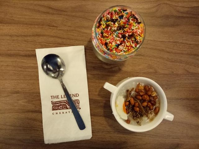 breakfast at legend