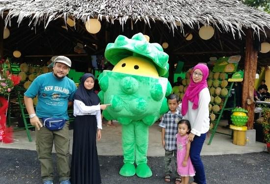 Rezeki Dapat Makan Durian Gred Kampung Hingga Gred Paling Sedap Sampai Kenyang