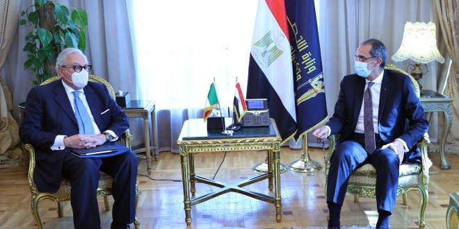 وزير الاتصالات: البريد المصرى أهم ركائز المنظومة المالية الرقمية