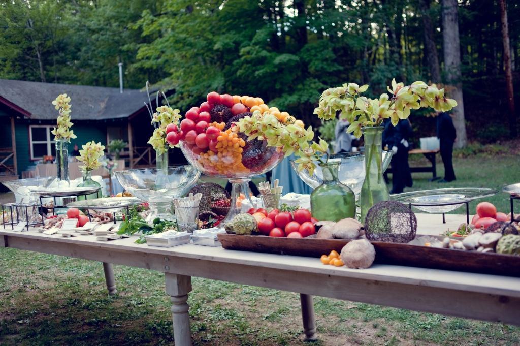 Outside Wedding Food Ideas