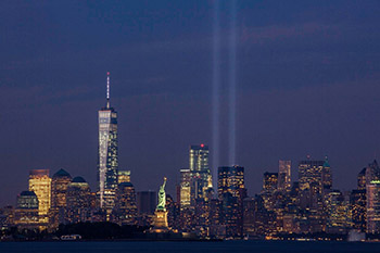 september_11th_tribute_in_light_from_bayonne_new_jersey_by_anthony_quintano