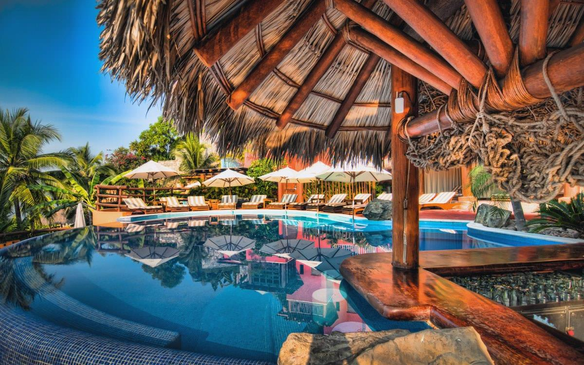 Embarc Resorts  Destinations  Zihuatanejo