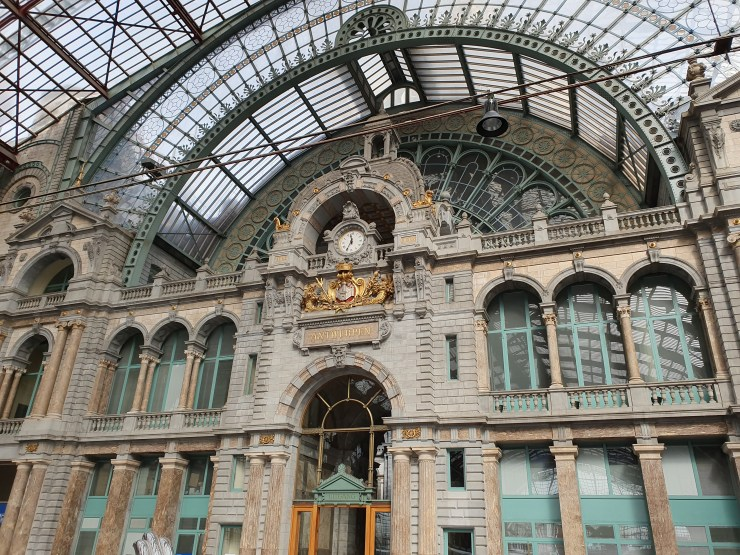 Hall gare d'Anvers