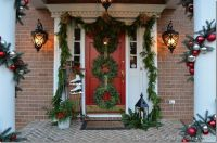 Door Decorating Ideas for Christmas | Balsam Hill
