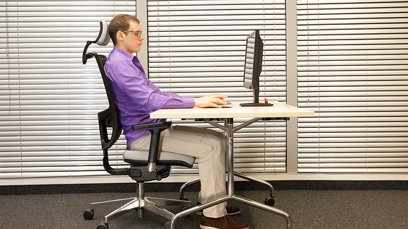 office chair for lower back pain swivel keeps turning 3 must have items people with chronic