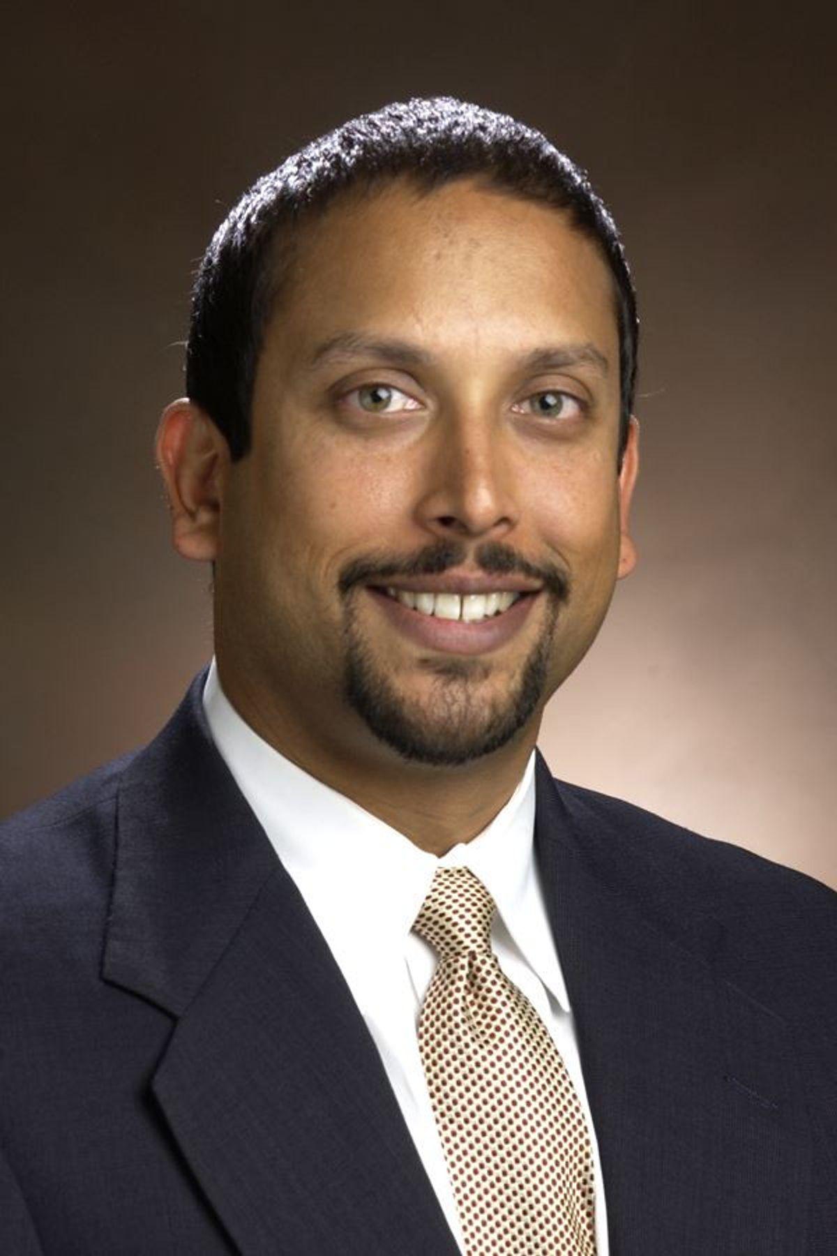 Dr Vikas Patel MD Orthopedic Spine Surgeon Aurora CO