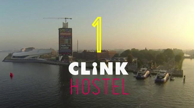 O prédio do hostel ClinkNoord, do outro lado da estação de trem de Amsterdan