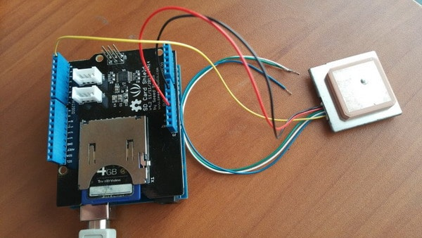 Arduino based GPS data logger to SD card - Embedds