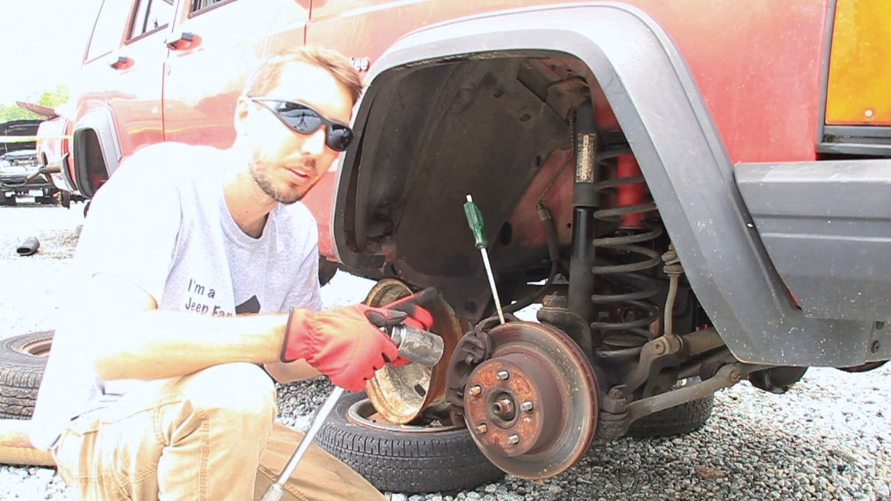 5 54 check out our helpful video detailing the instructions for removing a jeep cherokee front axle  [ 1280 x 720 Pixel ]