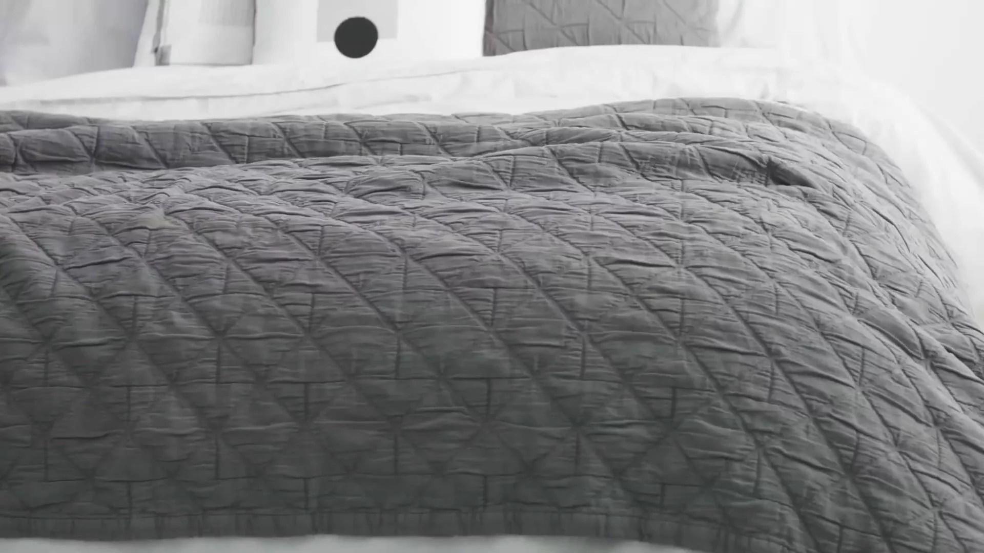 boxton 225x220cm 100 cotton stonewashed bedspread grey