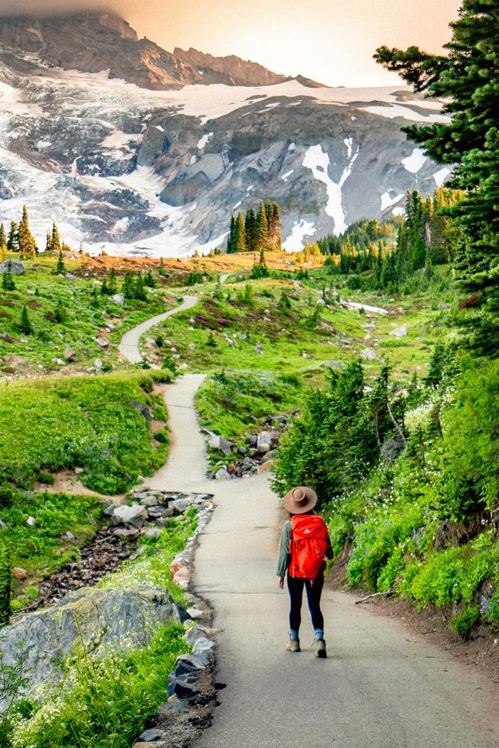 Hiking the JAW-DROPPING Skyline Loop Trail at Mt. Rainier National Park