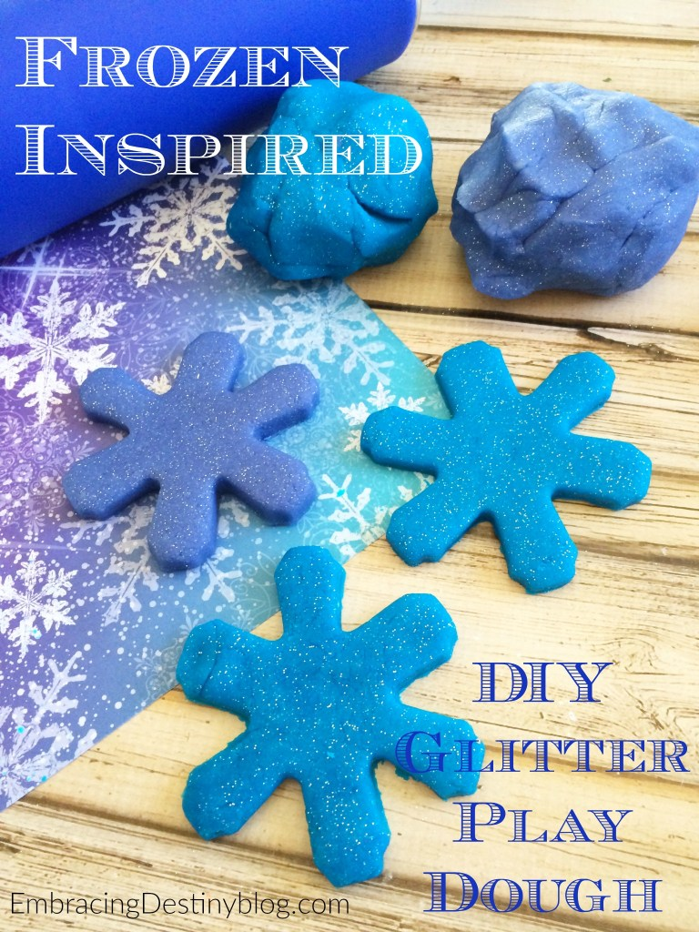 Make this fun Frozen inspired DIY play dough with glitter and peppermint scent! Perfect for your little Disney Frozen fan! embracingdestinyblog.com