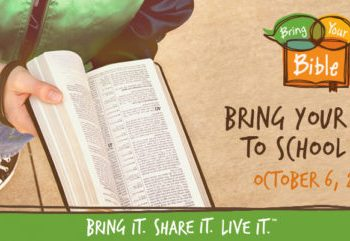 Download Your Free How-To Guide for Bring Your Bible to School Day