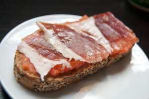 tostada de jamón