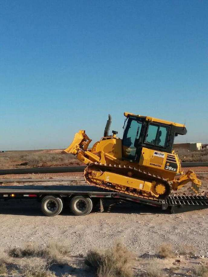 Hotshot trailer and service in the Permian