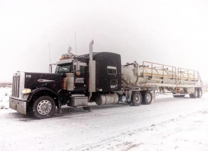 emco oilfield vac truck