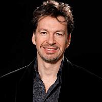 Derek Angus