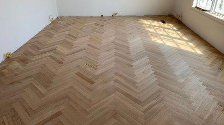 custom herringbone hardwood floor installation