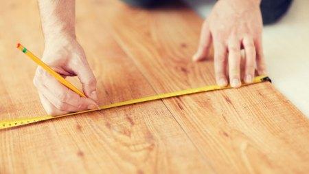 Measuring hardwood floor feature image