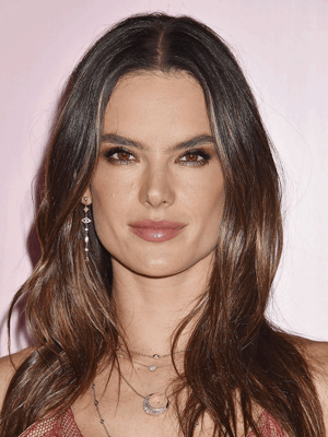 Celebrities who use CBD | Alesandra Ambrosia