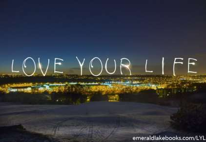 Night scene - Love Your Life