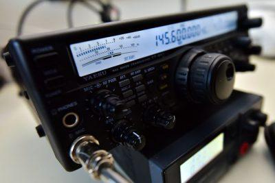 Radioaficionado ayuda a una niña con epilepsia