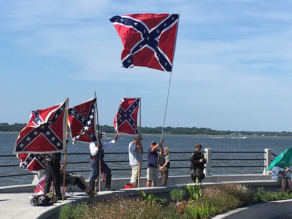 Confederate flags @ the Battery