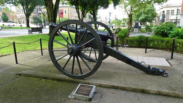 Sherman Parrot Gun