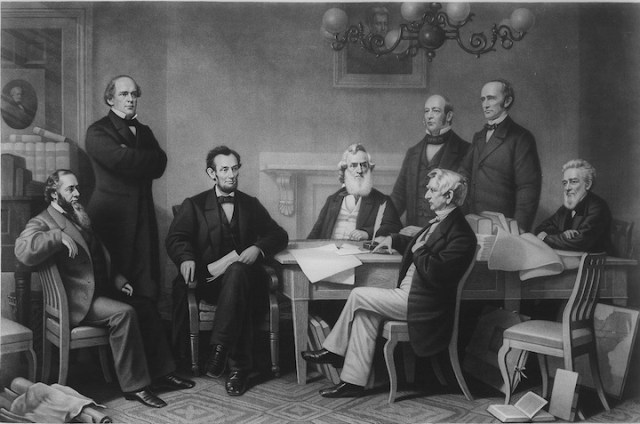 Lincoln Presents EP to Cabinet