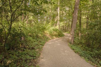 Echo Rock Trail at Mirror Lake State Park