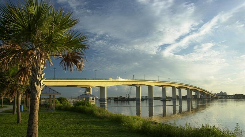 The New Broadway Bridge in Daytona Beach