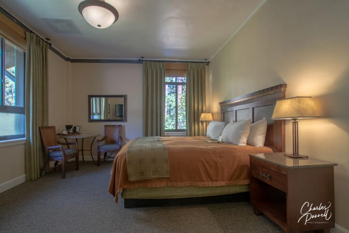 Spend a romantic night in wheelchair-accessible suite 206. Add in a romantic dinner in the dining room and some quiet time in front of the massive lobby fireplace, and you have the perfect romantic retreat. Romancing Yosemite