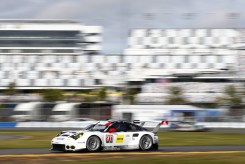 Porsche 911 RSR, Porsche North America Patrick Pilet, Nick Tandy, Kevin Estre (2)