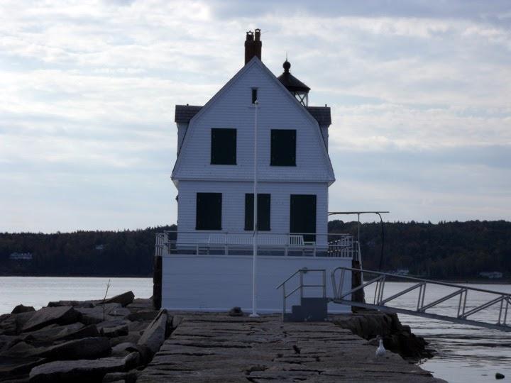 Lighthouse021_RocklandBreakwater