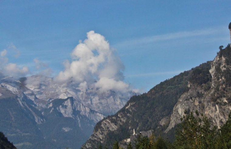 Перевал через Альпы, граница Италии и Швейцарии, октябрь 2014
