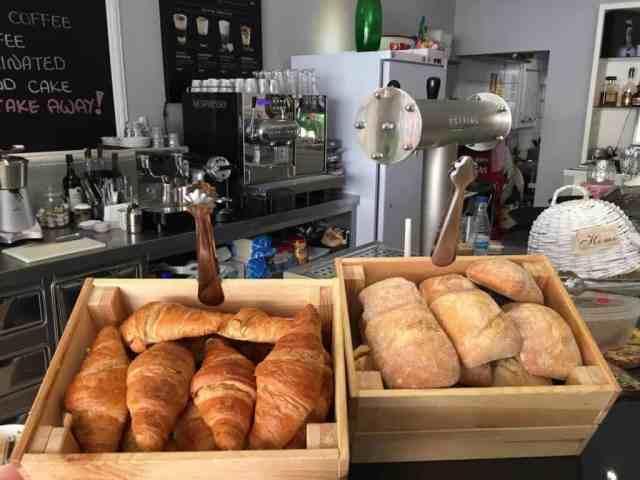 Emigreren Gran Canaria - Mi Casa - Must-try eetzaakje op Gran Canaria - Broodjes en croissants