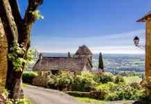 Emigreren Gran Canaria - Emigratieverhalen - Caroline (51) gooide het roer om en kocht een boerderij in Frankrijk