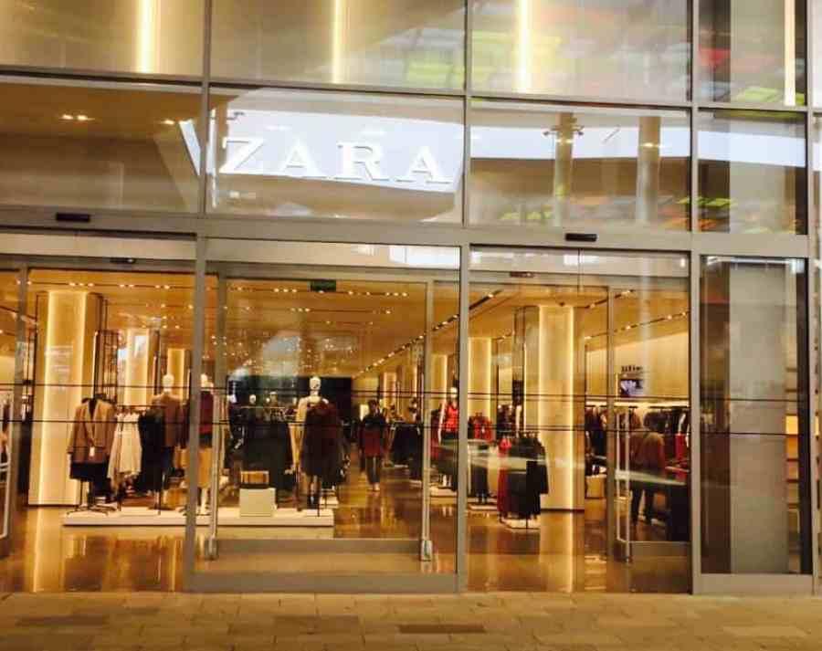 Emigreren Gran Canaria - Winkelcentrum Alisios op Gran Canaria - Winkelen tijdens kerst - Zara Gran Canaria