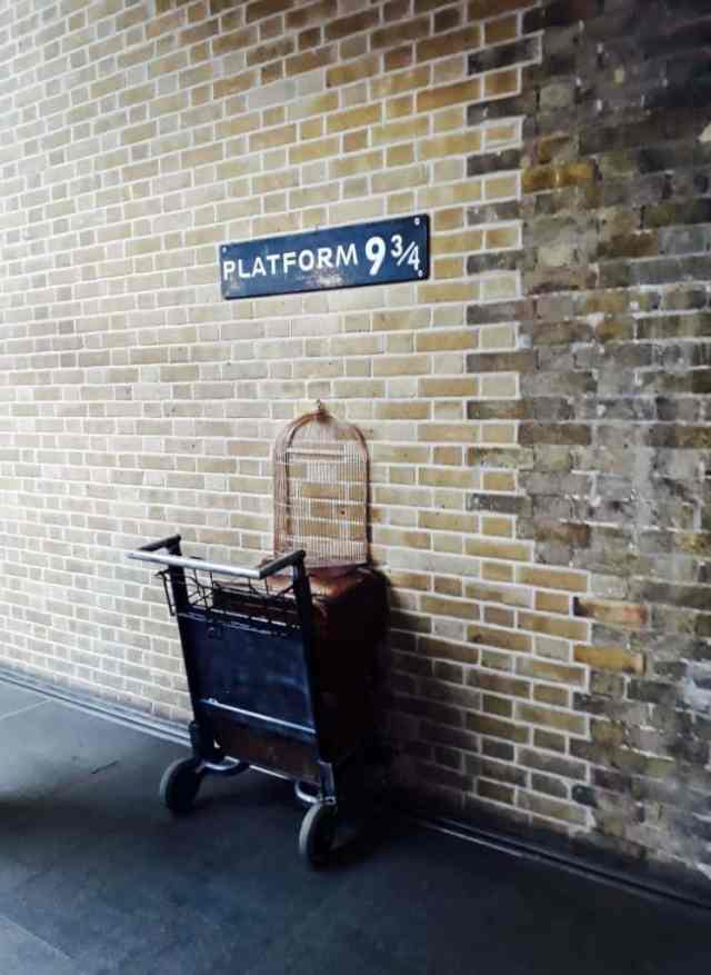 Reisverslag Londen deel 2 - Bezienswaardigheden + tips - Kings Cross Harry Potter platform 9¾