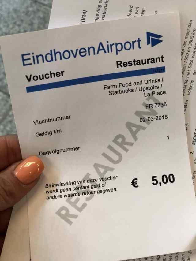 Emigreren Gran Canaria - Op vakantie naar Gran Canaria - Reisverslag deel 1 - Snack voucher bij vertraging