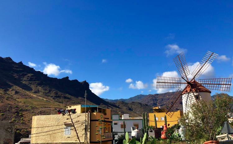 Emigreren Gran Canaria - Vakantie tips - 7 mooie redenen om Gran Canaria te bezoeken - Kleinschalig - Molino de Viento Mogan - Windmolen in Mogan