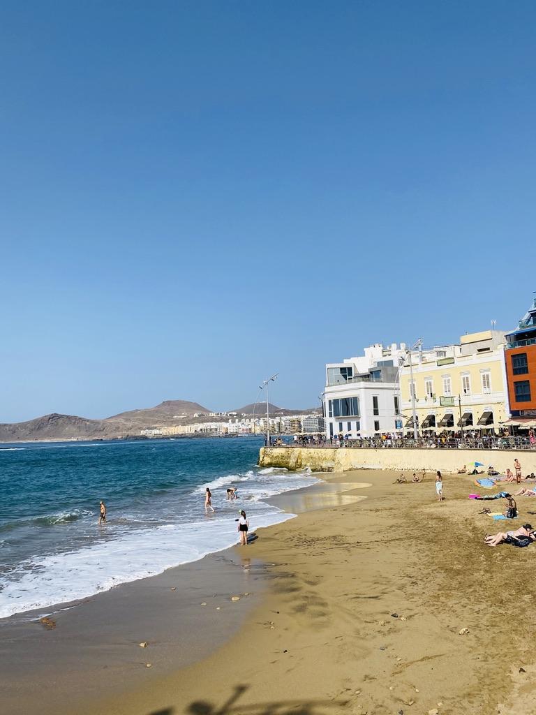 Las Canteras strand in Las Palmas bestekind vriendelijke stranden op Gran Canaria