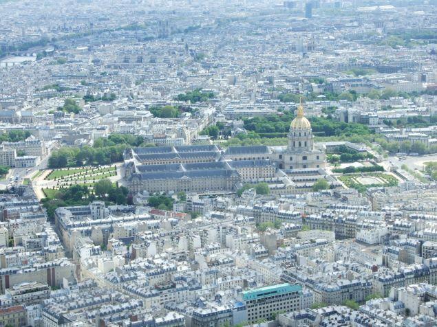 Domul Invalizilor se vede din orice punct al Parisului