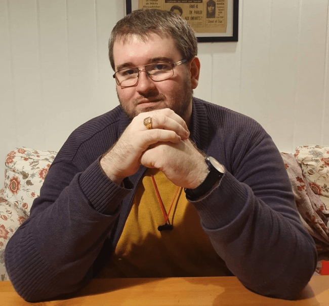 Emil Calinescu Nisarea retelelor sociale
