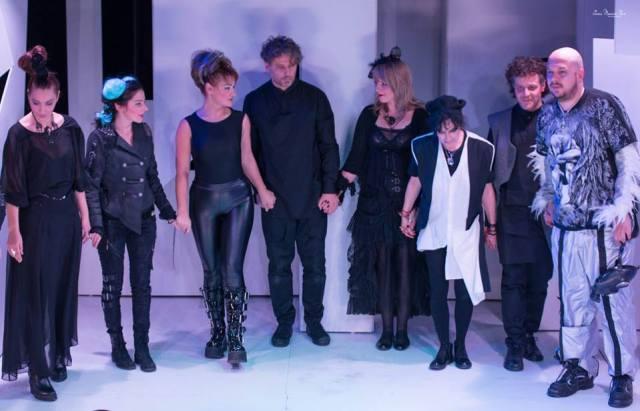 Aplauze pentru toti actorii din Karpilevski :)