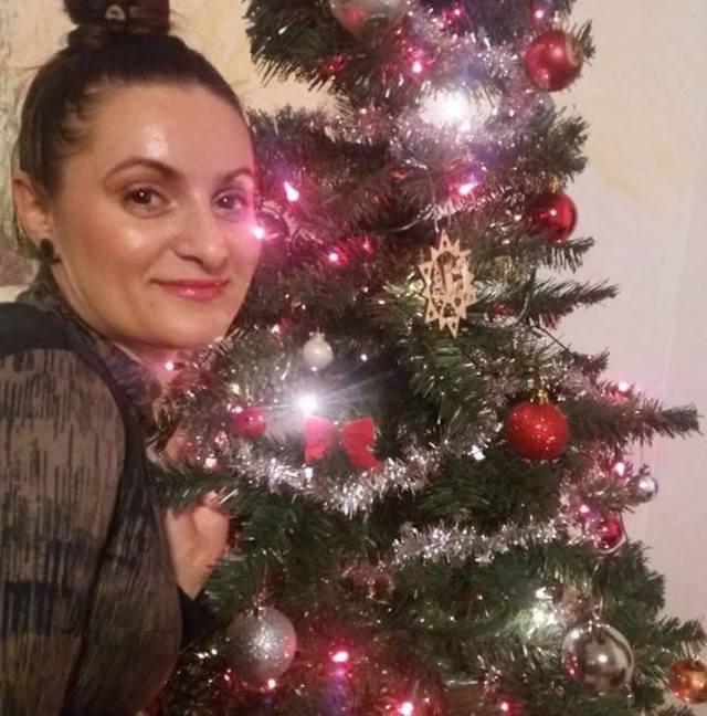 Monica Berceanu brad de Craciun