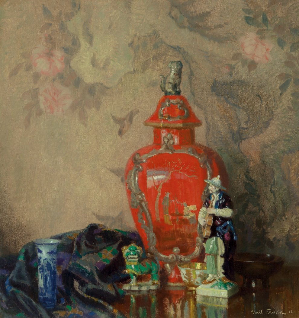 Emil Carlsen : Still life with red urn and asian figurines, 1886.