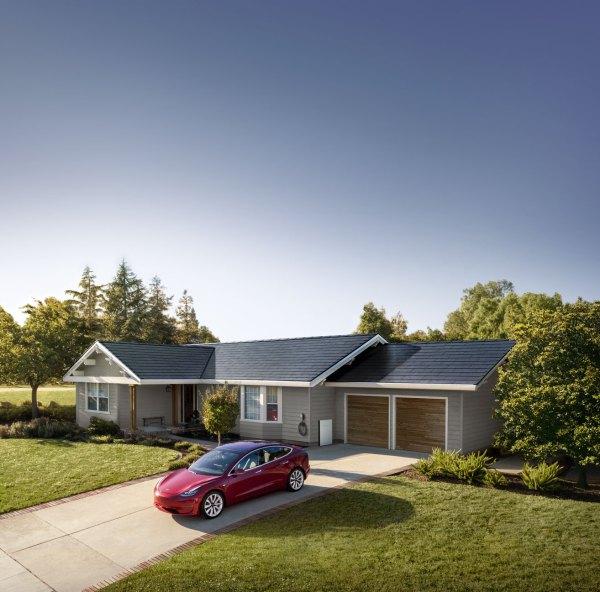 Tesla Model S y Solar Roof